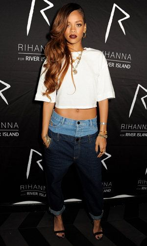 7feaa73b5c9c Rihanna Wears  Double Top  Jeans From Her Own Line … Are They Ugly  Or Is  It Just Us  Lets hear from you  Hot or Not  Accessorizing is very important  for ...