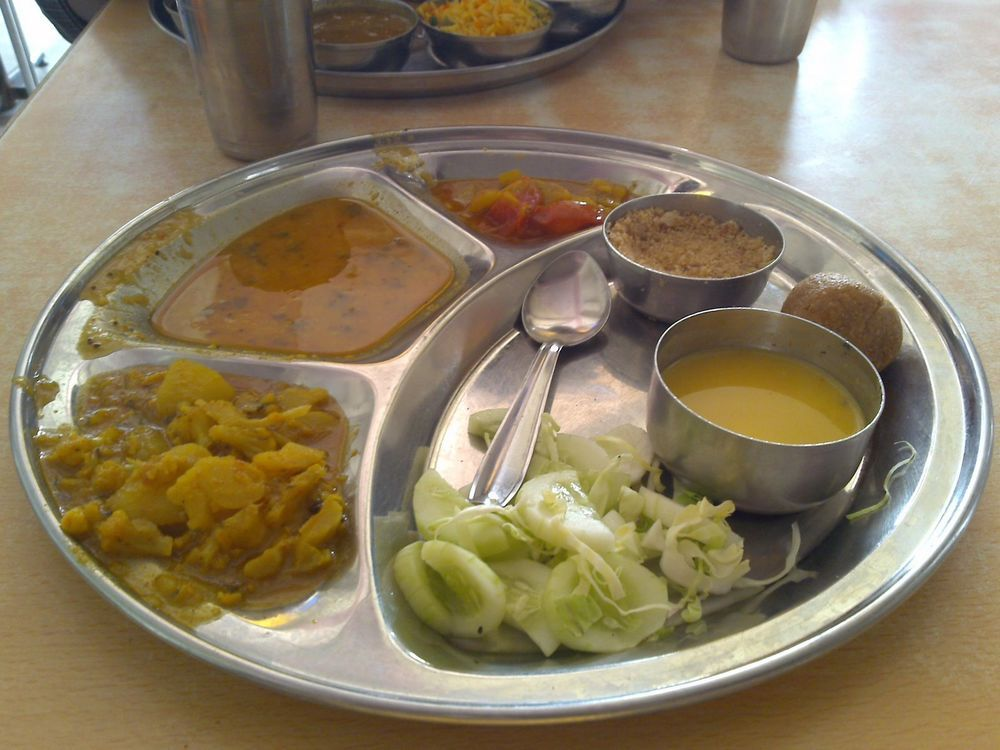 Stainless Steel Indian Thali Dish Indian Traditional Curry Plate Food Tray 381 Food Plating Food Trays Food
