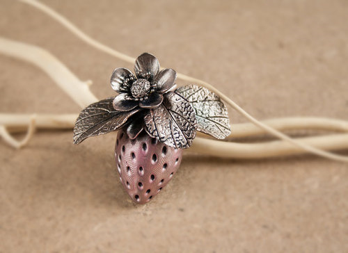 polymer clay strawberry brooch silver wax by Joyloveclay on Etsy #brooch bouquet  flower brooch