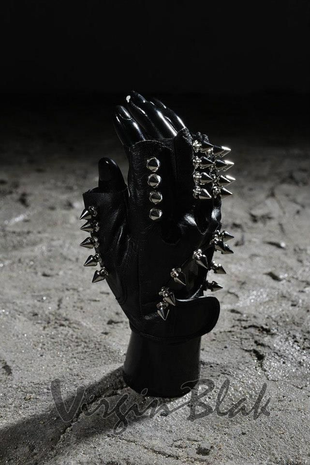 Spiked Fingerless Leather Gloves 8TW$17.99 http://www.virginblak.com/accessories/8tw.html