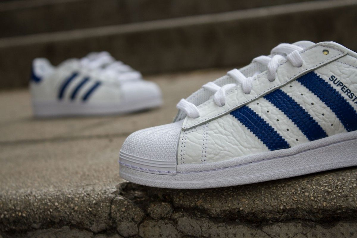 ADIDAS SUPERSTAR ANIMAL BLANC BLEU www.cornerstreet.fr