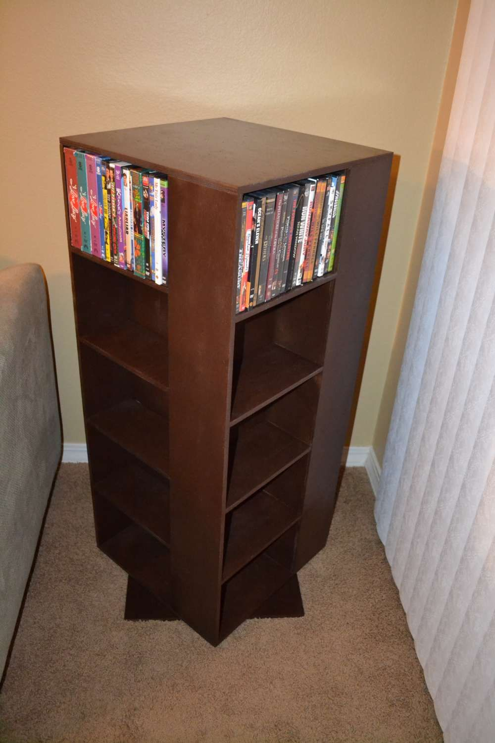 Diy Spinning Dvd Rack End Table Diy Dvd Storage Dvd