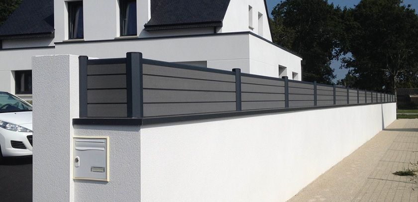 Black Composite Fence In Backyard Composite Wood Fence Privacy