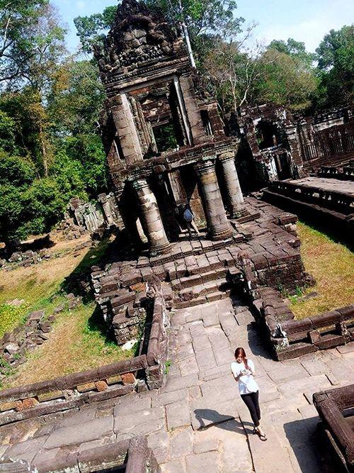 One side image of Prah Khan temple