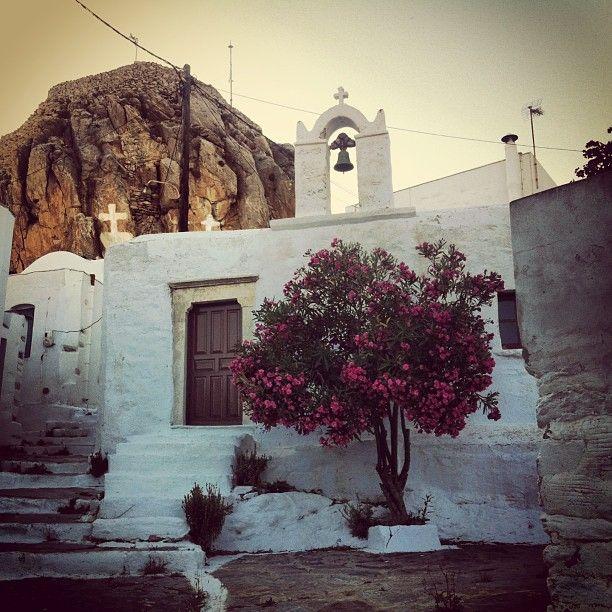 argiris_dskl65 Χώρα Αμοργού (Chora Amorgos) #amorgos #chora http://instagram.com/p/a_yKXVhm8-/