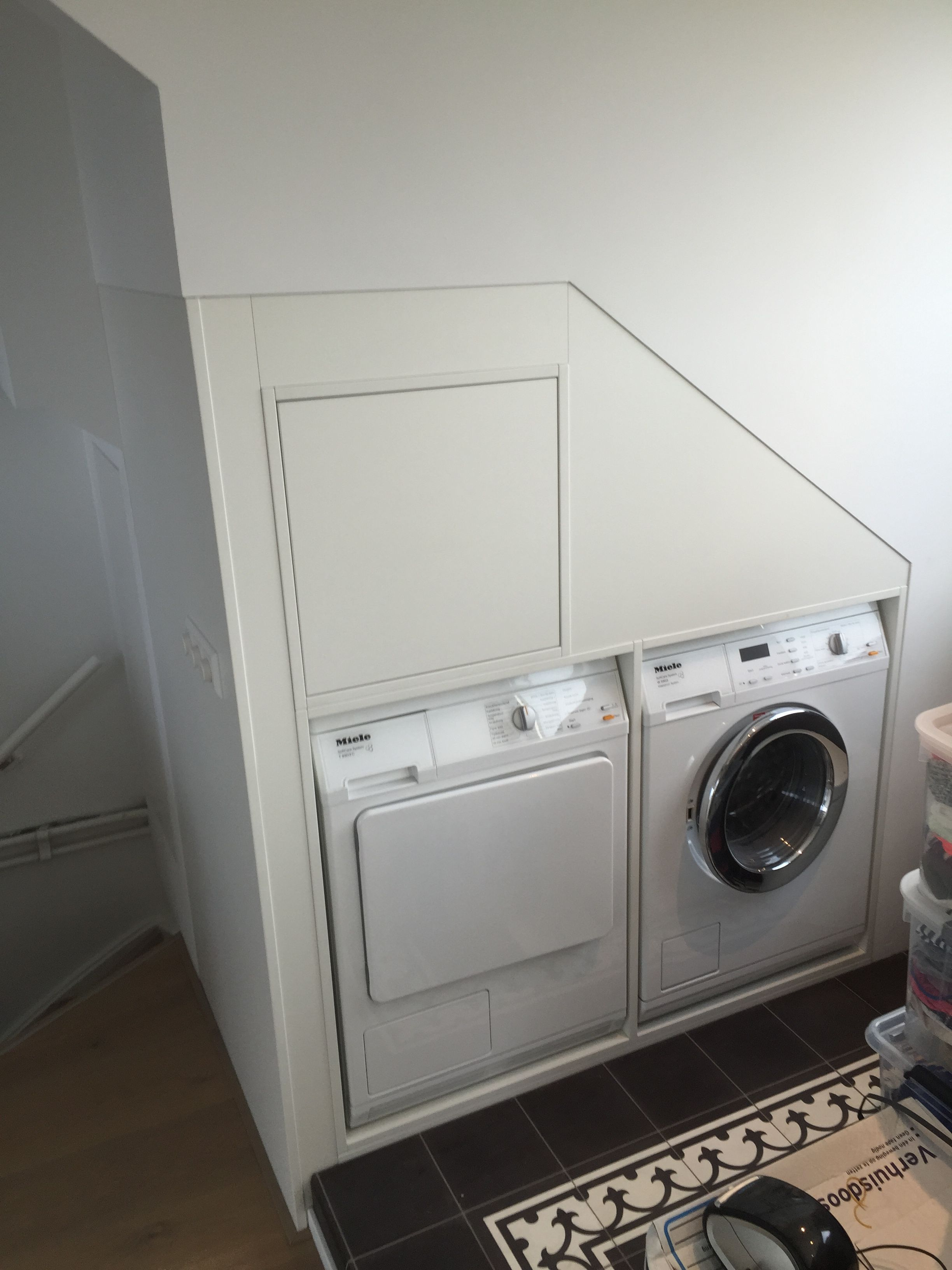 Wasmachinekast onder schuine wand  Wasmachine kasten