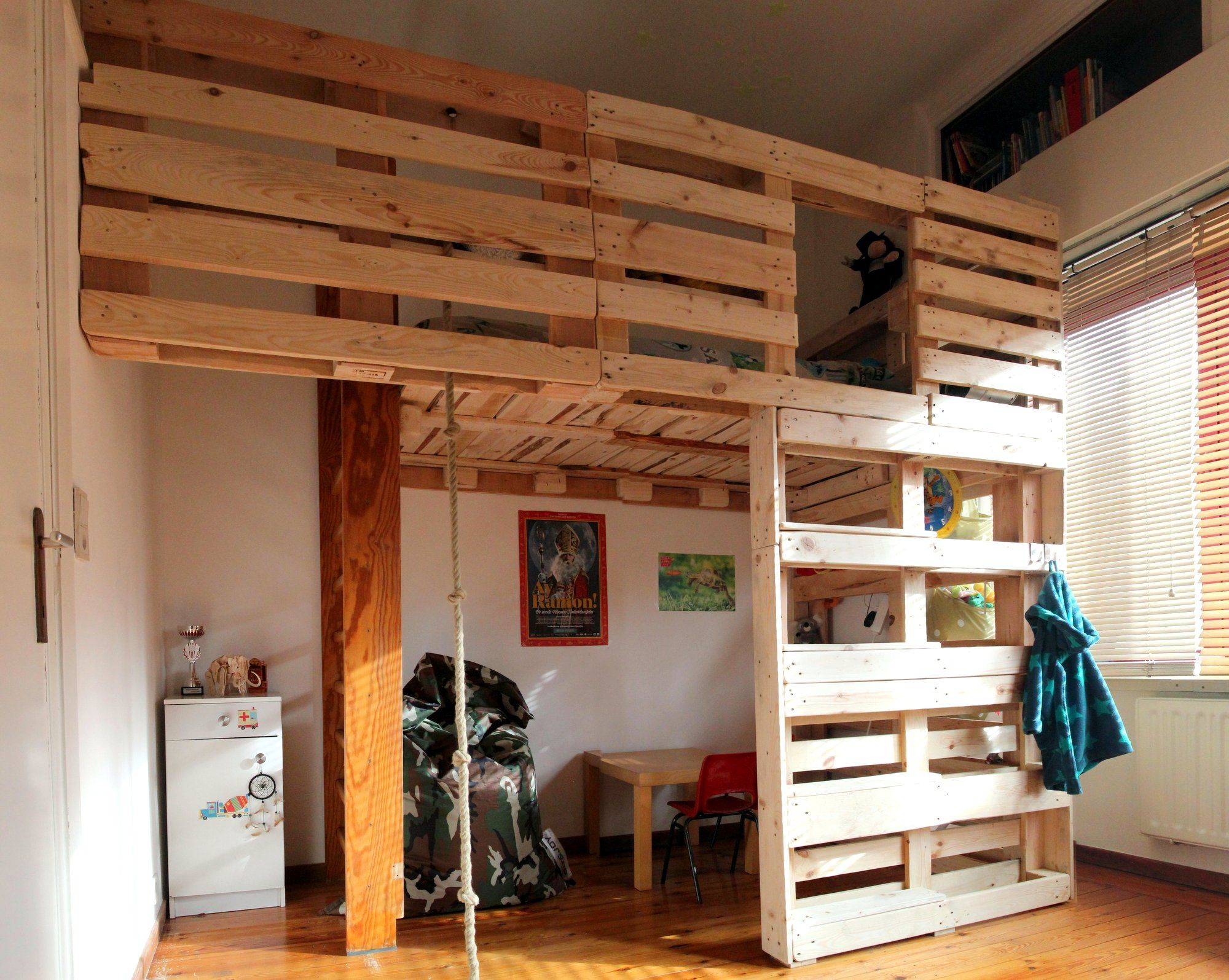Treehouse Loft Bed Made Out Of Upcycled Pallets