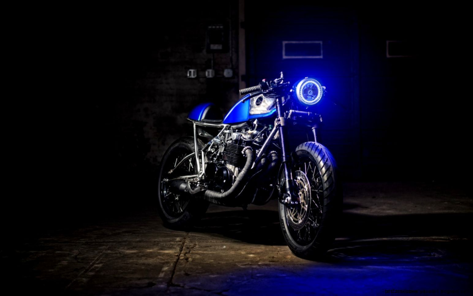 Vintage Motorcycle Wallpapers High Resolution Motorcycle Wallpaper Blue Motorcycle Classic Motorcycles