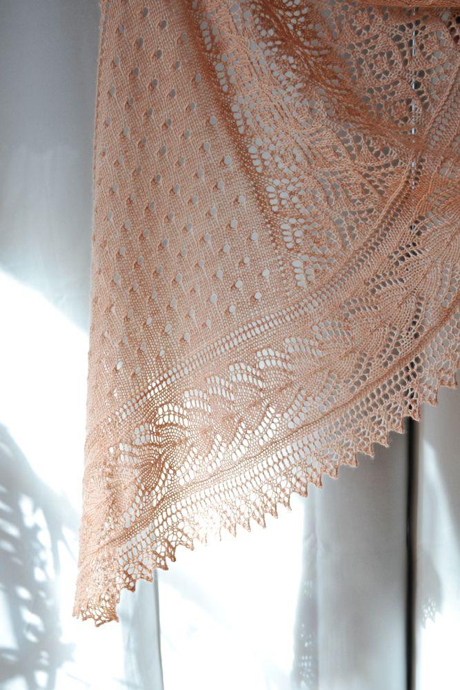 Mayapple shawl de Dee O'Keefe