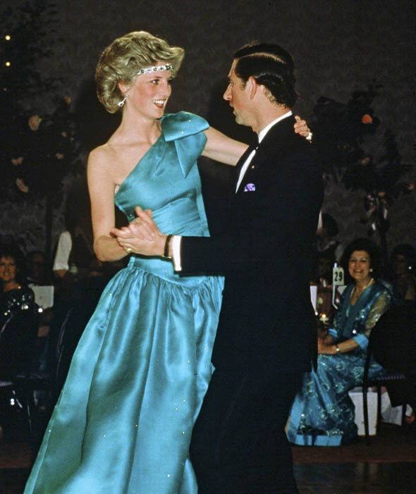 moments that few saw unseen pics of princess diana and charles on their wedding day princess diana and charles princess diana princess diana wedding unseen pics of princess diana and