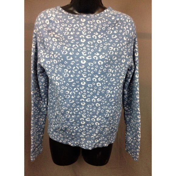 Ann Taylor Loft Sweater A light blue and cream leopard print Ann Taylor Loft sweater. Is not new but in great condition. Sweater material is light and sweater is a size medium. Feel free to ask any questions. ☺️ Ann Taylor Sweaters Crew & Scoop Necks