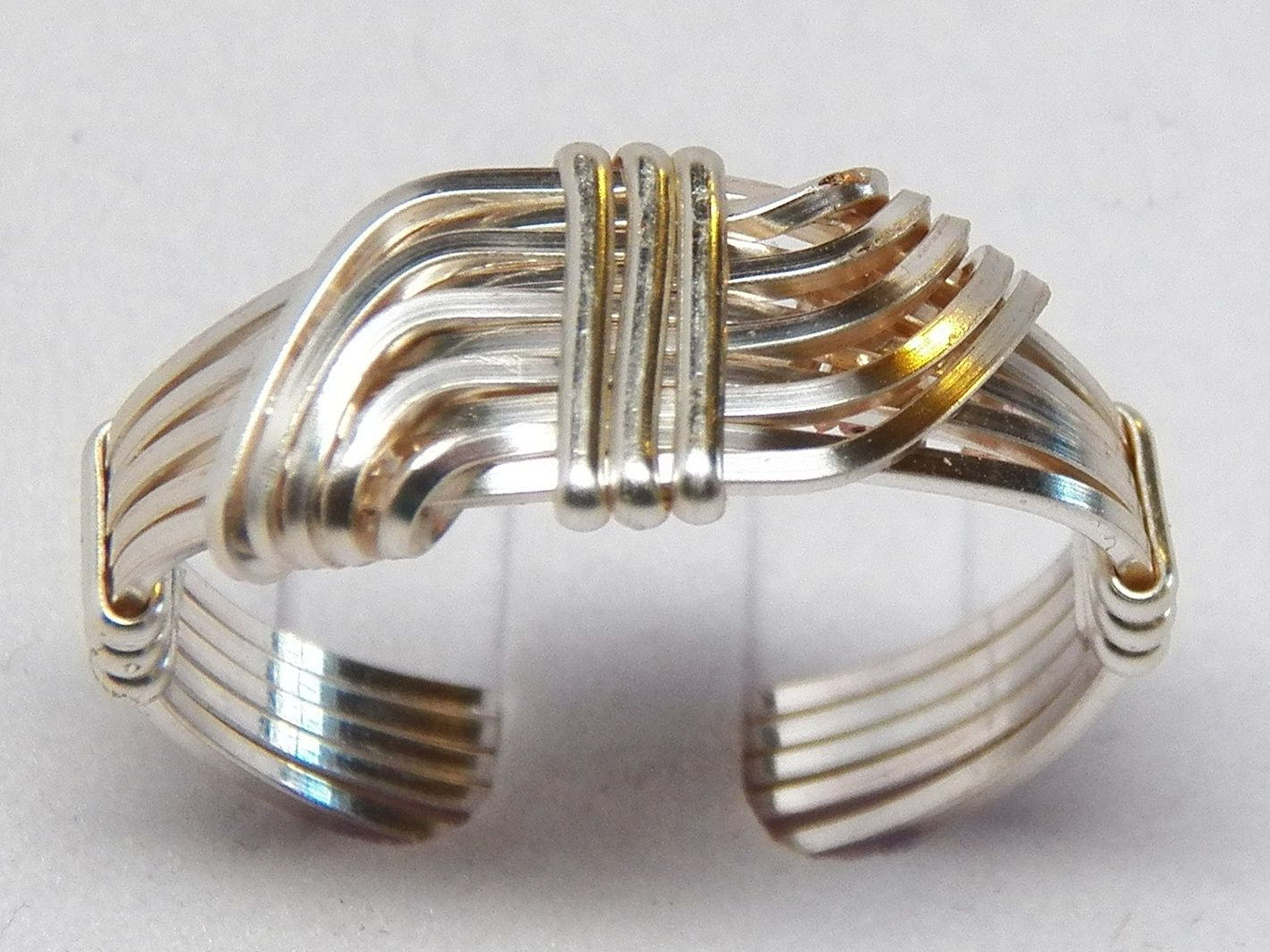 Hug Wire Wrapped Ring Tutorial | String | Pinterest | Ring tutorial ...