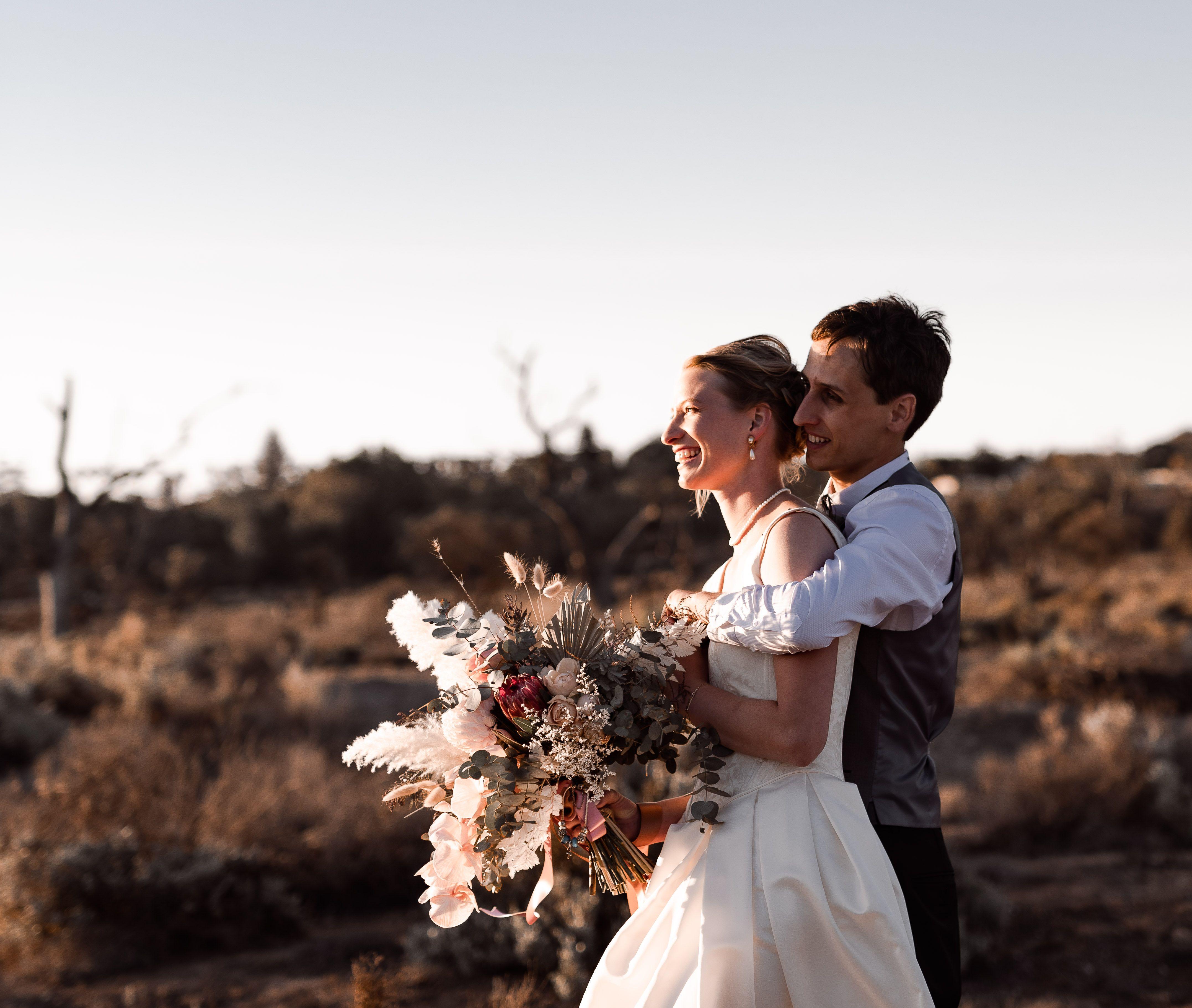 Vintage Wedding In 2020 Vintage Wedding Photography Elope