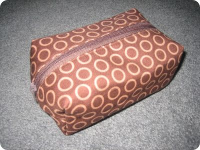 Box Pouch... with link to free tutorial ~ monkey makes three