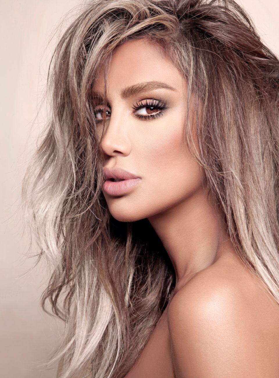 Maya Diab's photos   MAYA DIAB   Hair beauty:__cat__, Long hair