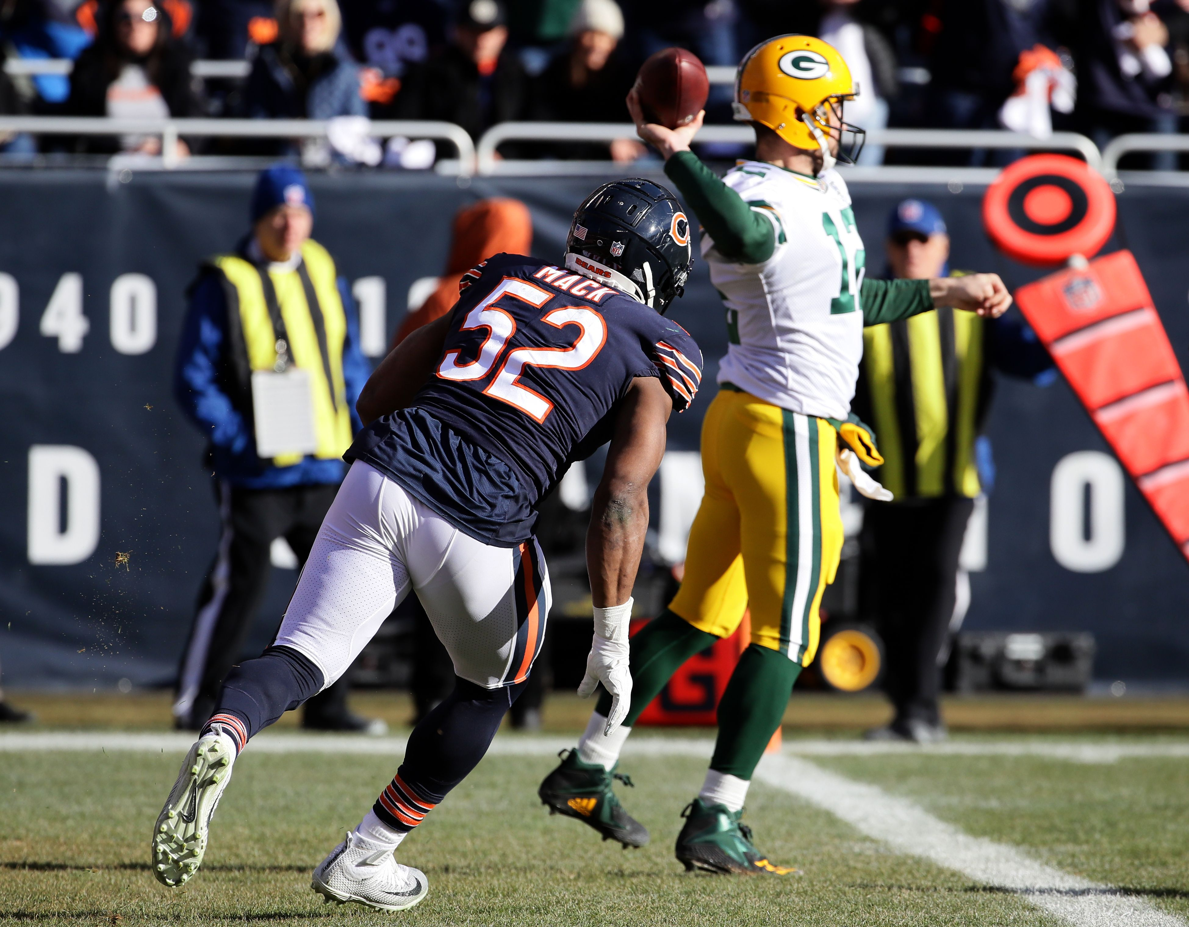 Packers Great Leroy Butler Slams Aaron Rodgers After Loss To Bears How Good Are You Yahoo Sports Packers Great Leroy Bears Packers Football Helmets Nfl