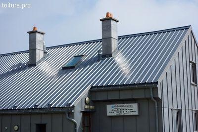 Couverture bac acier en climat de montagne dans les vosges for Pose bac acier toiture