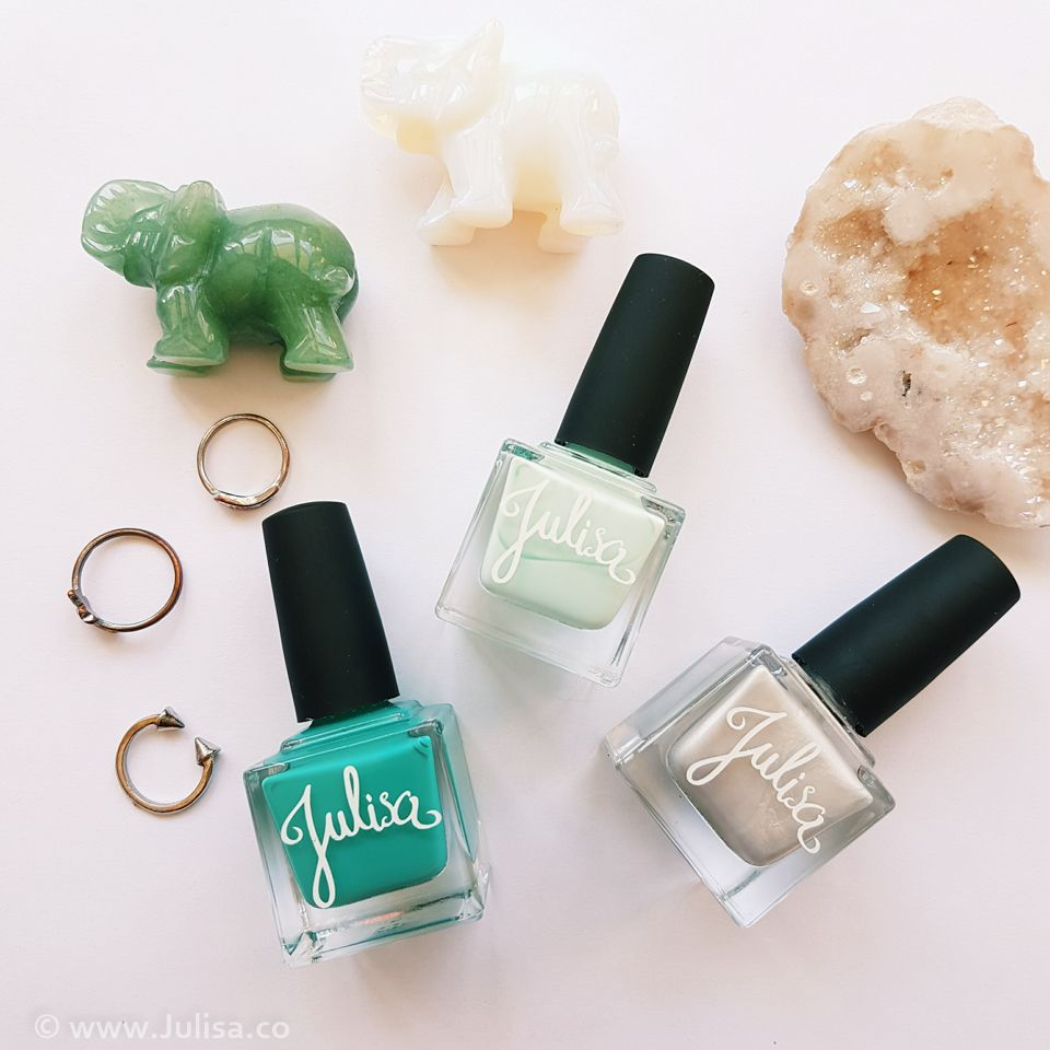 Tuileries 5-free nail polish set with free gift. Limited Spring Summer 2016…