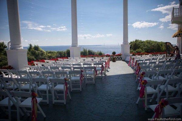 Grand Hotel Wedding Ceremony Reception Venue Michigan Grand Rapids Kalamazoo Lansing A Mackinac Island Wedding Mackinac Island Michigan Wedding Venues