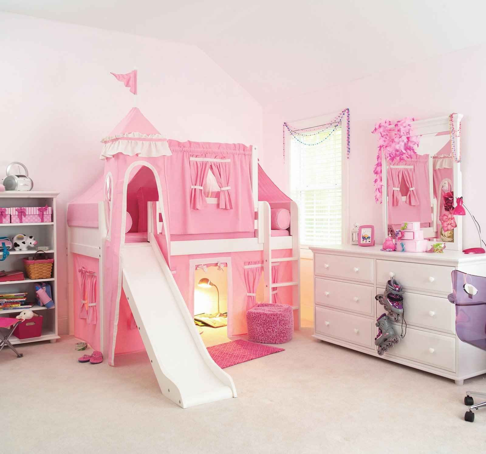 Awesome Bunk Beds For Girls Deluxe Loft Castle Beds For Girls
