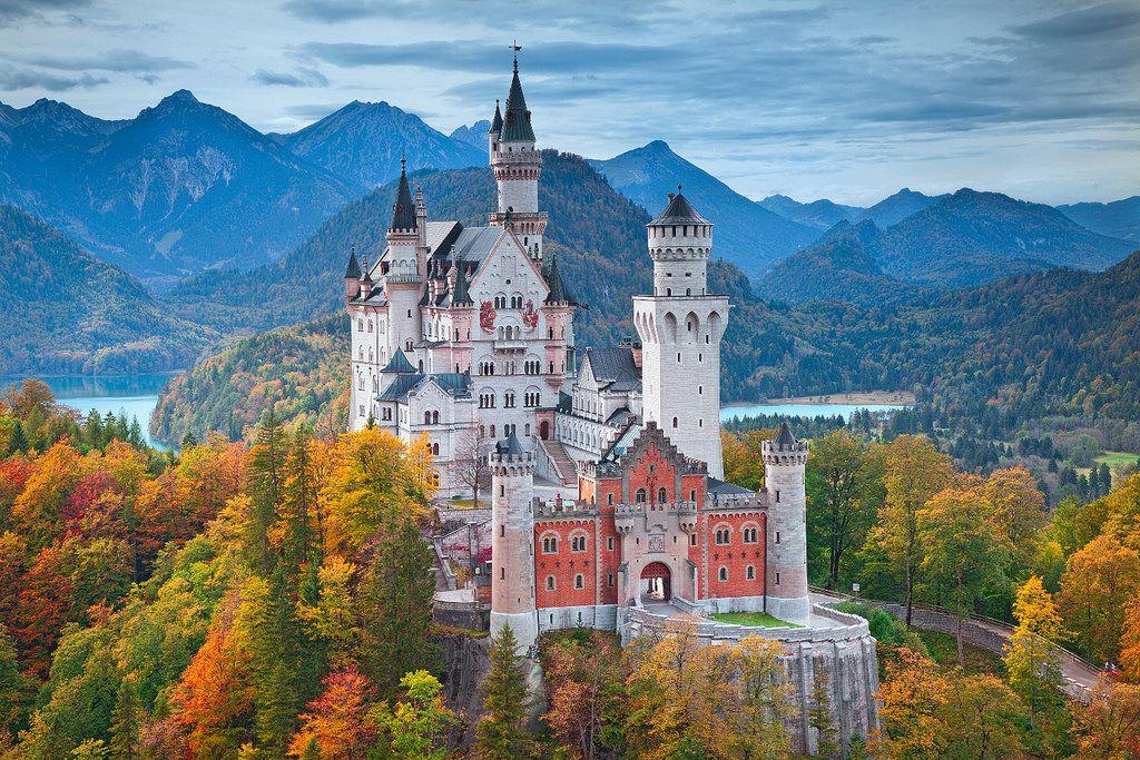 Neuschwanstein Castle 1500 Cs Neuschwanstein Castle Germany Castles Castle
