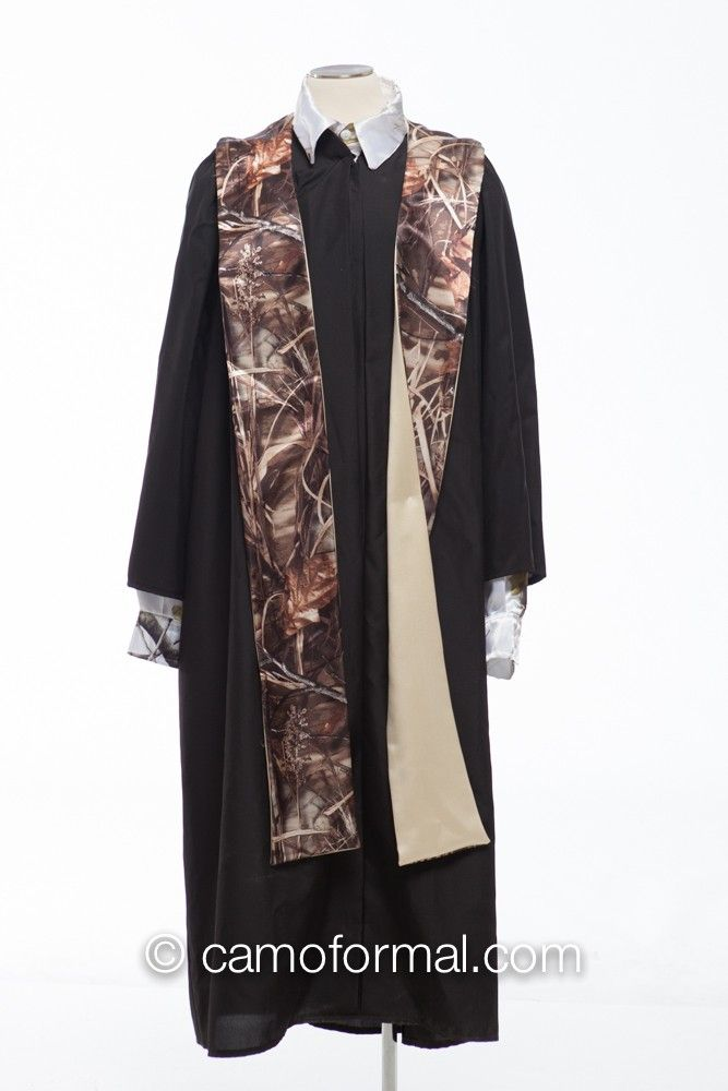 Graduation Stole on Black Gown | Creative Graduation/Ecclesiastical ...