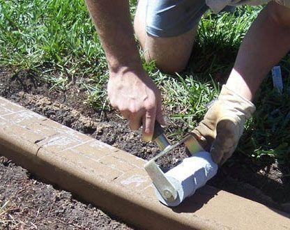 make concrete curbing