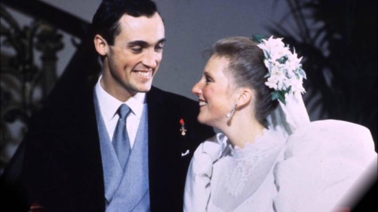 Wedding Princess Astrid And Archduke Lorenz Royal Wedding Princess Wedding Wedding [ 720 x 1280 Pixel ]