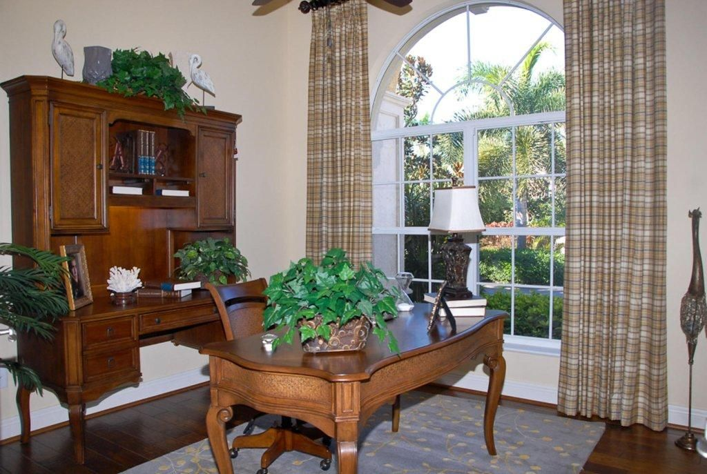Cambridge Model Naples FL Interior Design By Linda Kaufman Janet Graham