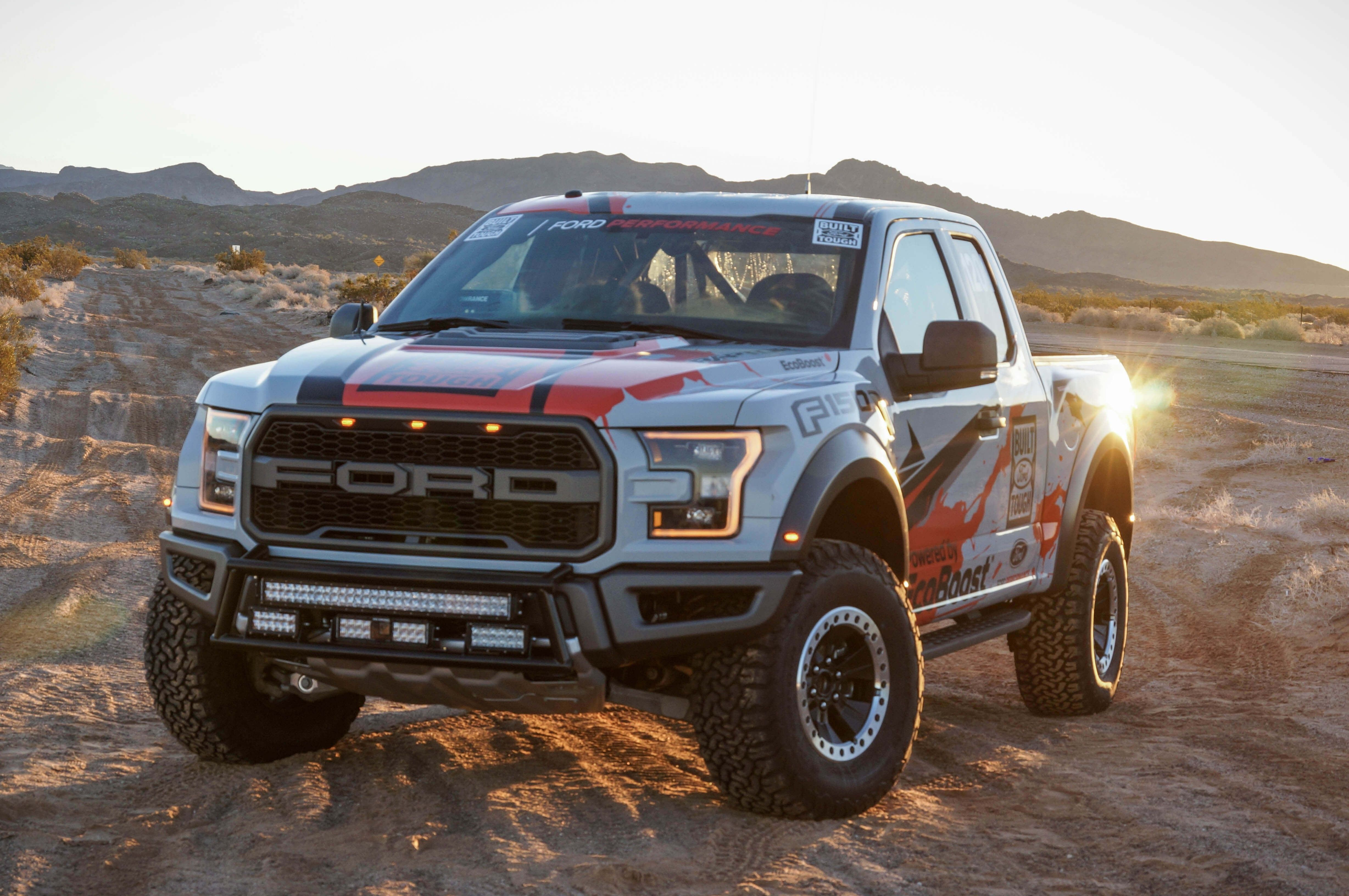 Beautiful 2017 ford Raptor iPhone Wallpaper in 2020 Ford