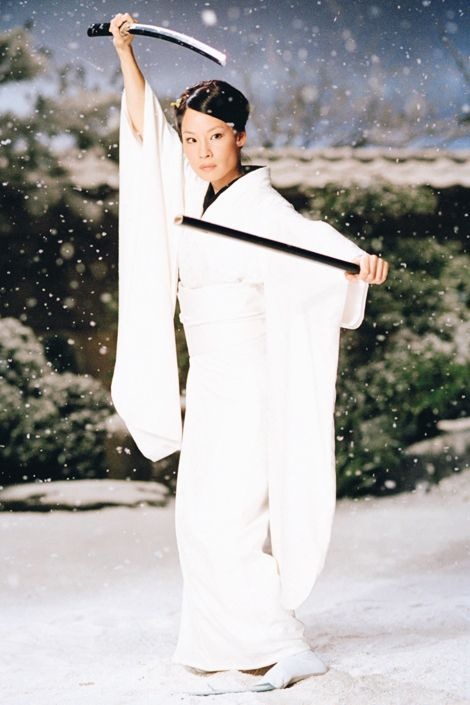 Silly Caucasian girl likes to play with Samurai swords - Lucy Liu as O-Ren Ishii in Kill Bill.
