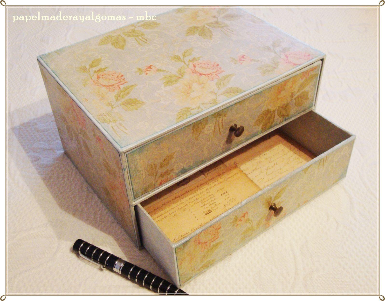 Papel Madera Y Algo M S Un Peque O Mueble De Cartonaje  # Muebles Pequenos De Madera