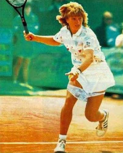 Embarrassing Sporting Moments That Were Caught On Camera Funny Sports Pictures Best Funny Pictures Sports Pictures