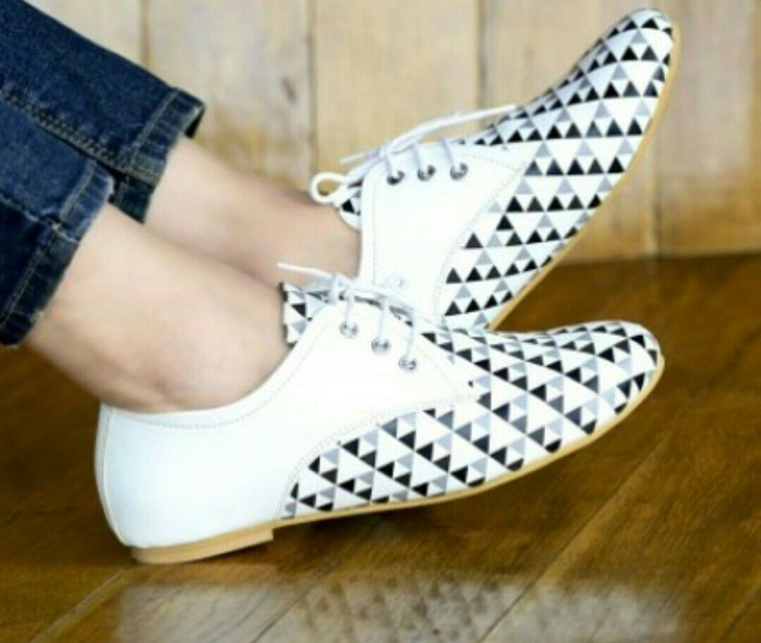 black n white chex designed shoes