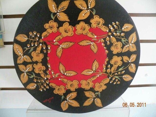 Caja de madera pintada a mano (Khokhlomo)