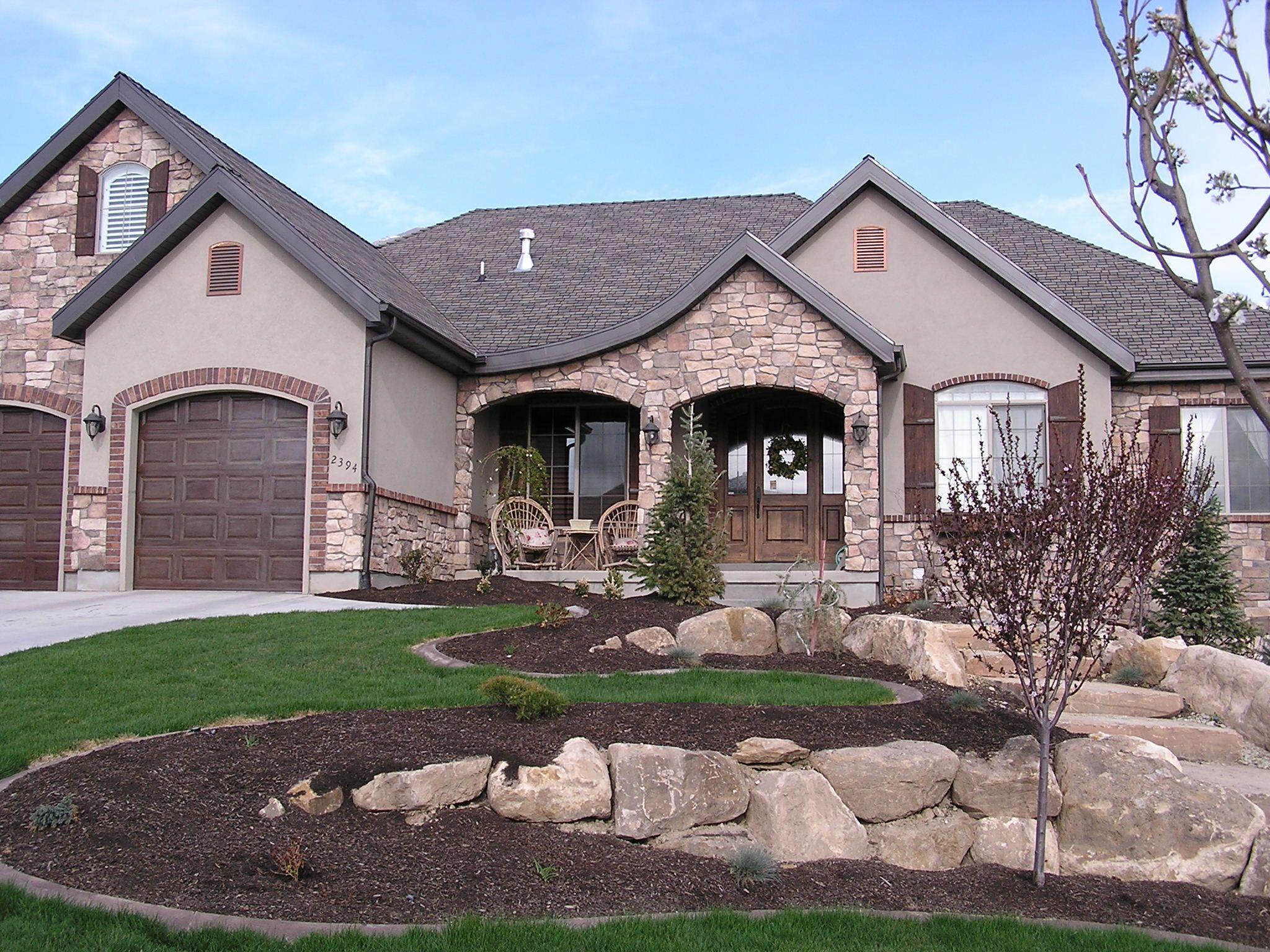Brick Stone And Stucco And Shutters Stucco Homes Stucco And