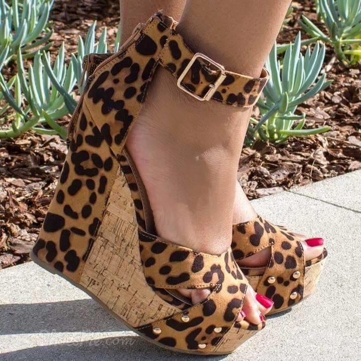 97045915e74 Shoespie Sexy Leopard Buckle Wedge Sandals