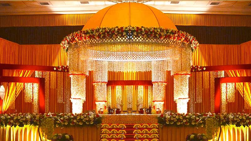 Unique lighting ideas for a kerala wedding kerala matrimony hindu wedding stage decoration photos some people searching for details about hindu wedding stage decoration photos and definitely one of them is you is not junglespirit Choice Image