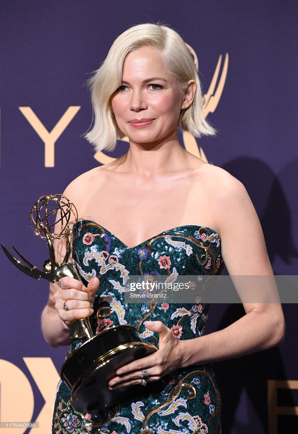 Michelle Williams Poses In The Press Room During The 71st Emmy Awards At Microsoft Theater On September 22 2019 In Los Ange Michelle Williams Poses Actresses