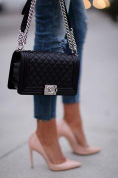 1265f8b1ce93 chanel boy bag medium - Google Search | Lust-worthy Luxury Goods ...