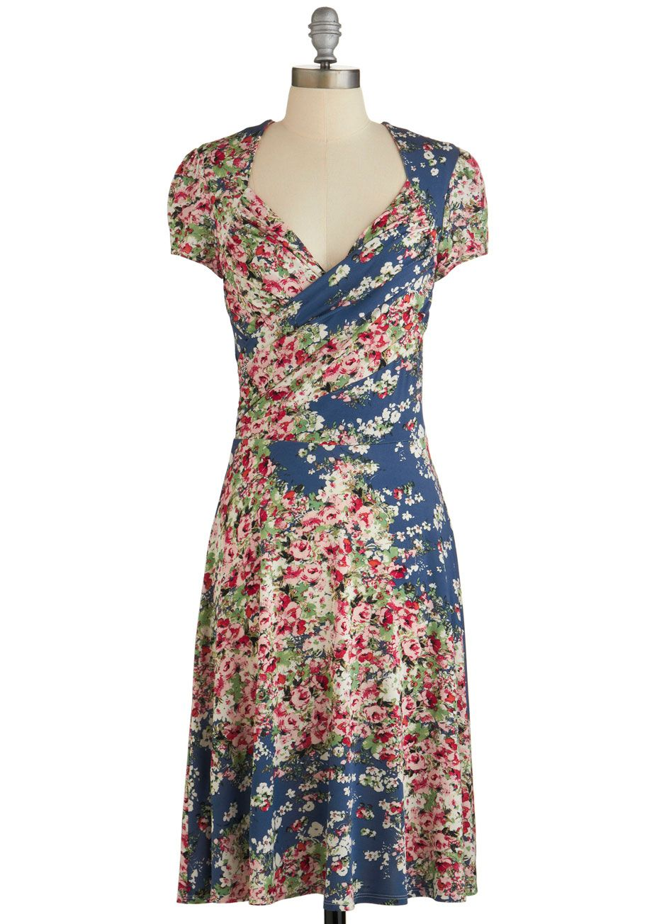 Have a vivid moment of your own in this floral faux-wrap! | \'Dress ...