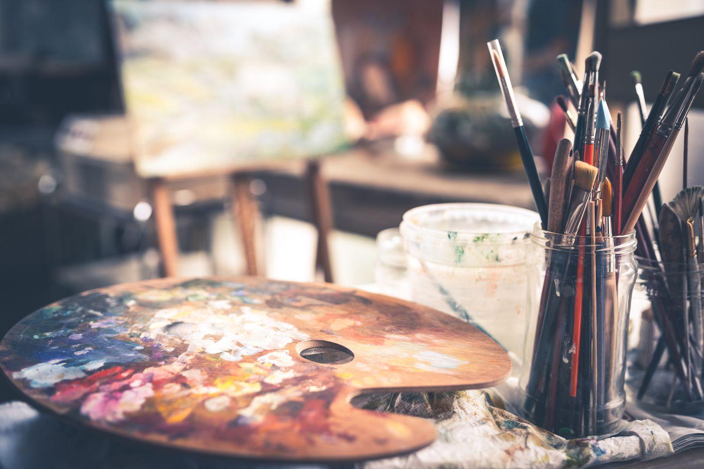 A List of Art Studio Staples | #artstudios