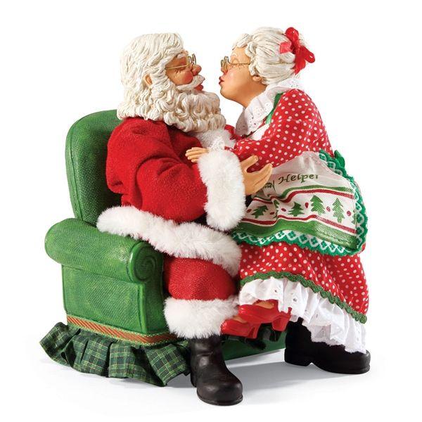 Mr and mrs claus figurines santa