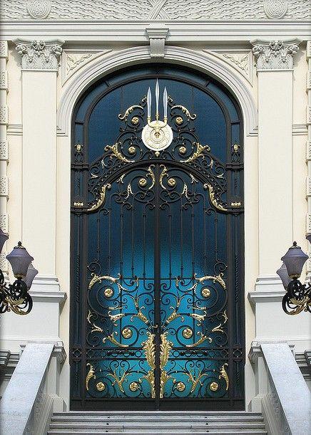 Royal Door - Bangkok & Royal Door - Bangkok | Enter! | Pinterest | Bangkok Doors and Royals