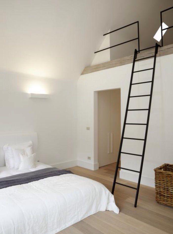 Railing en trap hoge deel zolder bedroom slaapkamer pinterest leuningen - Railing trap ontwerp ...