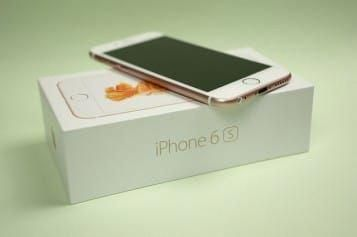 Which Major Cell Phone Company Offers the Best Deal on the New iPhone?