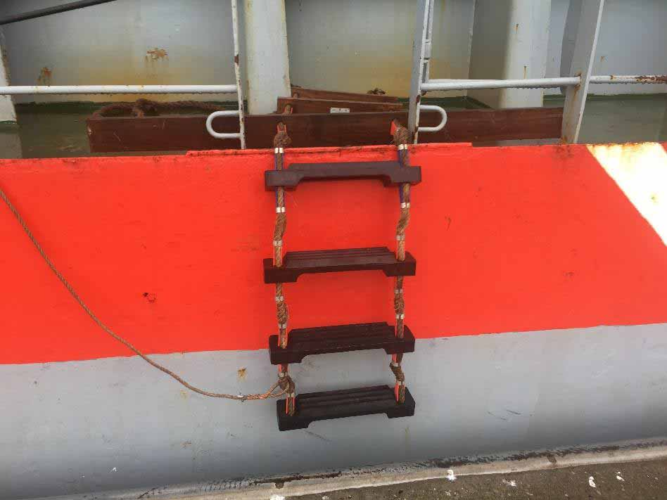 1000 ways to secure a pilot ladder - and only one is correct