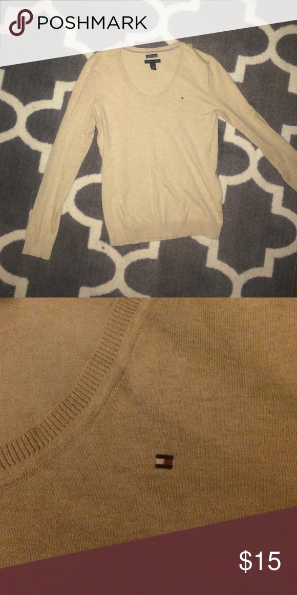 Tan Tommy Hilfiger Sweater Tan/beige v neck sweater. Tommy Hilfiger Sweaters V-Necks
