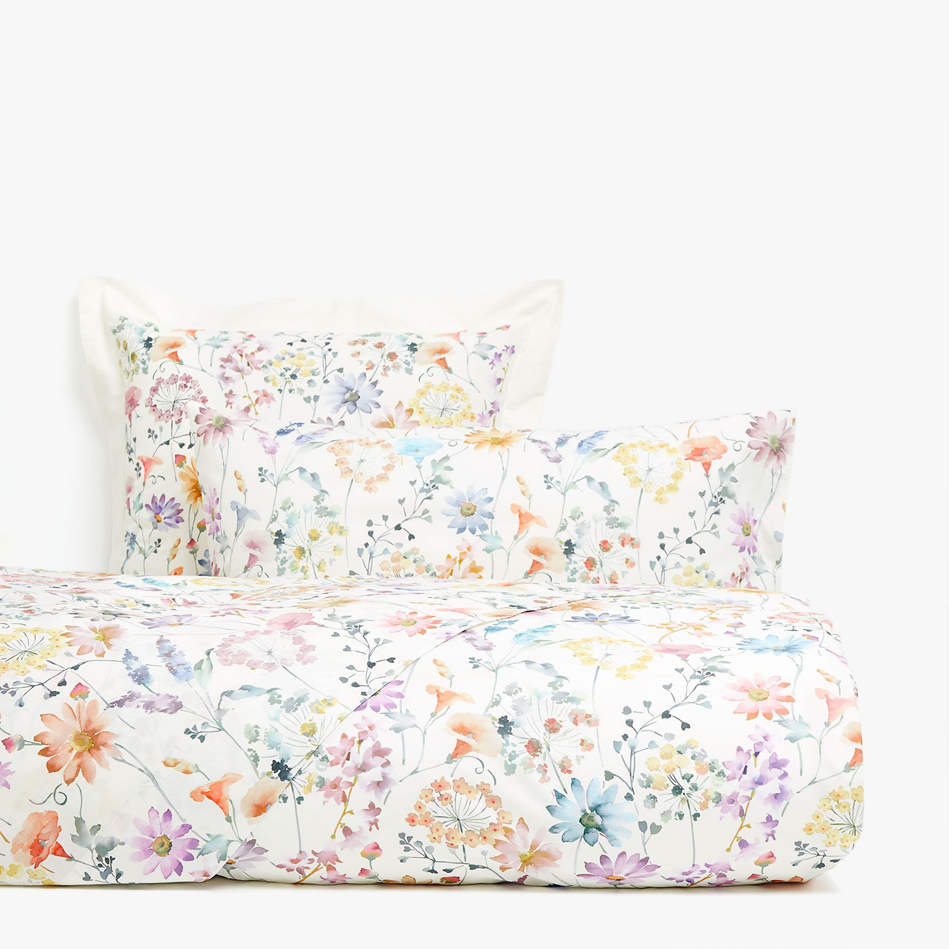 Watercolour floral print duvet cover Duvet covers floral