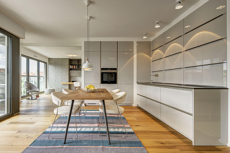 Designer Einbauküchen großer offener wohn ess bereich mit designer einbauküche
